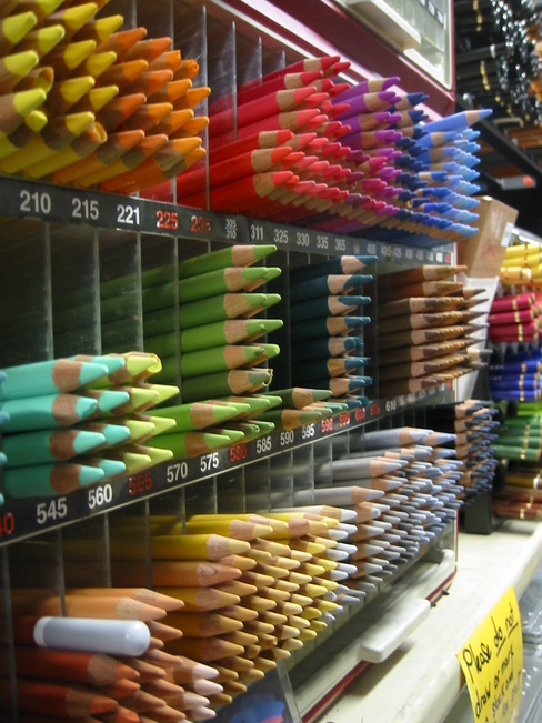 Rows of colour pencils